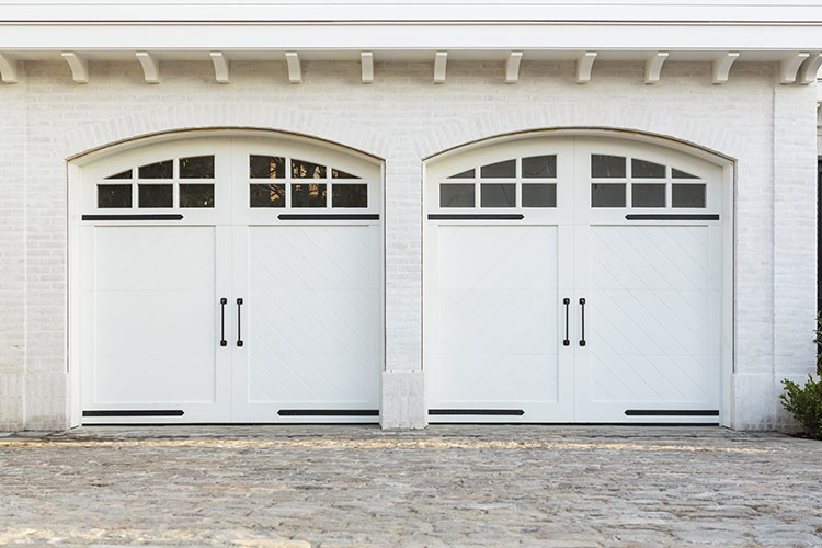 3 Ways to Bring Natural Light Into Your Garage